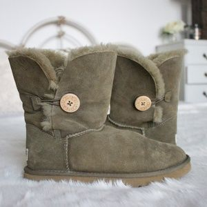 Ugg Bailey Button Down Boots